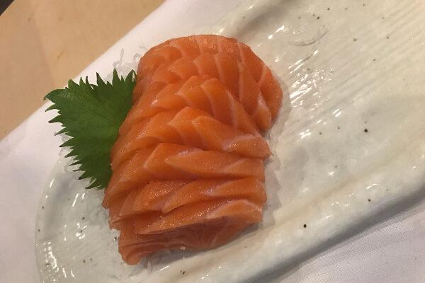 IMG_1696-salmon-sashimi